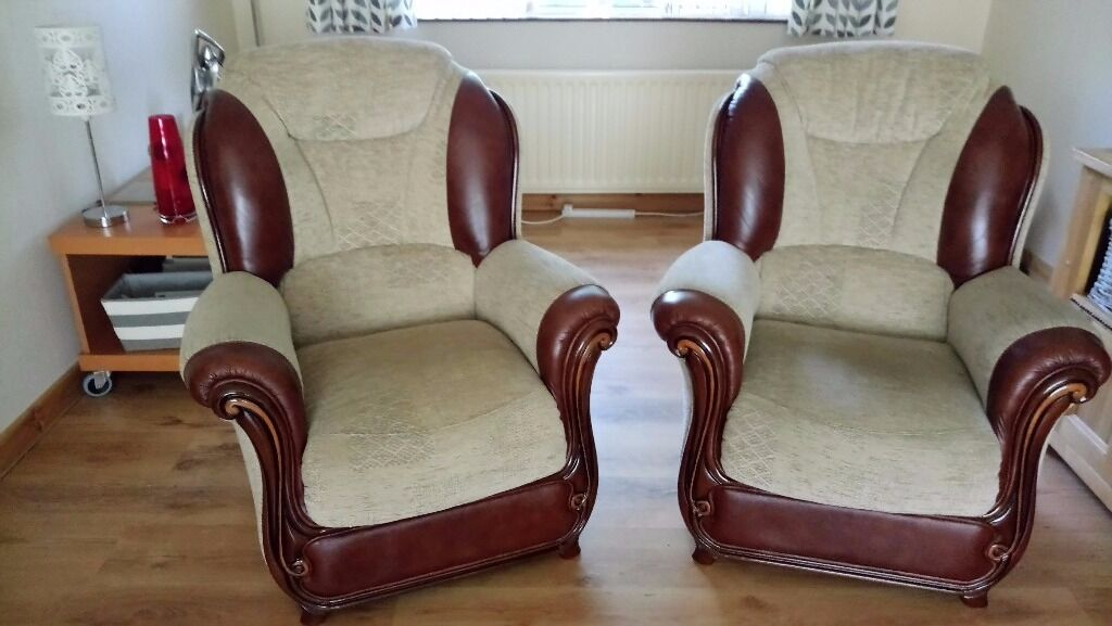 ARMCHAIRS x 2in Newtownards, County DownGumtree - Two matching natuzzi leather and cream upholstery armchairs. Both are in lovely condition and have carving feature to fronts. Small in size so would suit small living room. Looking £50 for the both of them. If interested call NArds 02891 826599 or...