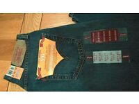 Brand new Levi 501 men's jeans (mid blue) size 30 x 32 – brand new with tags £25
