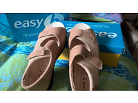 Ladies shoes for those ladies with slightly wider feet. New. 2 pairs. (easy b's)