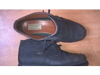 Lacoste Mens Ankle boot as new bargian size 8