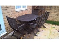 LARGE GARDEN TABLE & 6 CHAIRS