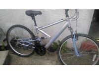 """Apollo ladies mountain bike 17"""" 18 gears 26"""" alloy wheels"""