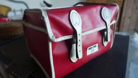 Vintage bicycle seat saddle bag, for a child's or adult's bike.