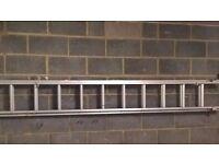 Expanding Aluminium Ladder