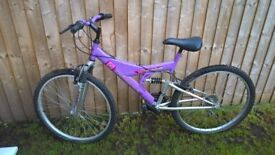 Women's bike and lock for sale