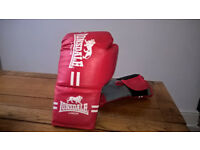 Lonsdale s/m boxing gloves red