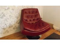 RED SWIVEL FAUX LEATHER CHAIR