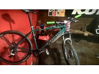 mountain bike parts fox float forks saint d,h cranks Mavic disk wheels xt brakes kona frame