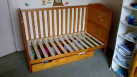 Cot bed (converts from baby cot to toddler bed)
