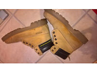 Work Boots Petroleum Hard wearing good condition