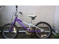 Girls Specialised bike age 5 to 7 good condition