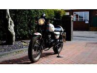 Sinnis Cafe Racer 125cc motorbike