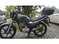 Sym XS 125 commuter / learner motorcycle 2015 with Oxford heated handgrips
