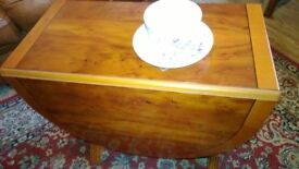 Lovely Occasional Drop Leaf side display table