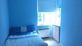 Large double bedroom in shared flat in fantastic N1 area - £680 including bills