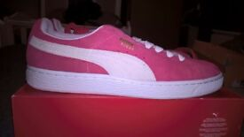 Brand new pink puma suede size 6