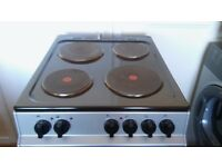 Electric double oven and grill with four rings