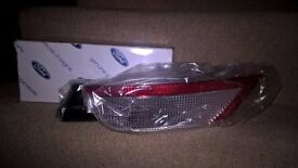 Genuine Ford Focus Rear Reversing Light Lamp New 1505707 8M51 15501 AB