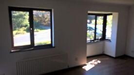 4 bedroom linked detached house to rent East Grinstead