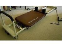 Pilates performer machine