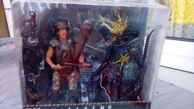Alien Figure brand new in the box. Box is abit damage