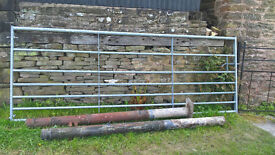 7 Rail 10ft Galvanised Field Gate and Steel Posts