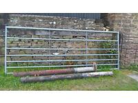 7 Rail 10ft Galvanised Field Gate and Steel Posts