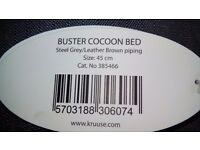 BUSTER Cocoon Dog bed 45 cm, steel grey/leather brown piping. New with tags