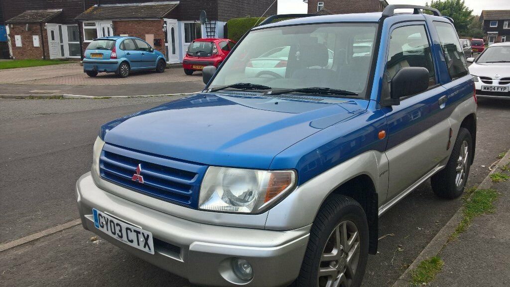 For Sale, Mitsubishi Shogun Pinin blue over silver .