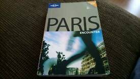 Lonely Planet Paris £5 ono