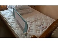 Bed Rail for Single Bed, Mint Condition, Lindam