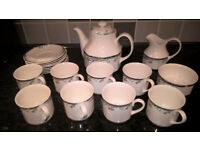 "Royal Doulton ""Juno"" Fine China tea set in excellent condition"