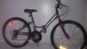 """24 Supercycle 18-speed lady /junior mountain bike bicycle for girlsbike  riders   4'11"""" to 5'6"""" low mileage"""