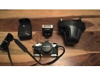 Olympus OM10 35 mm Camera for sale plus flash for sale, Exquisite
