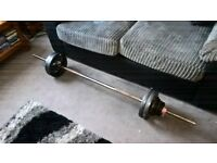 Weightlifting Bar With Cast Weights
