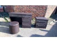 BROWN DRESSING TABLE AND MATCHING DRAWERS WITH STOOL VGC FREE LOCAL DELIVERY