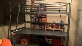 Svarta silver bed loft frame with desk top and mattress