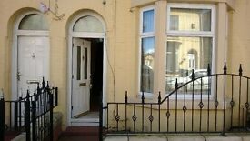 A Bright 3 bedrooms terraced house to let. Close to Edge Lane in Kensington area. No DSS