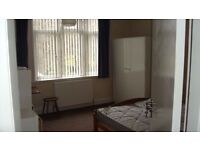 Rooms available 24hr accommodation- dss welcome- Birmingham