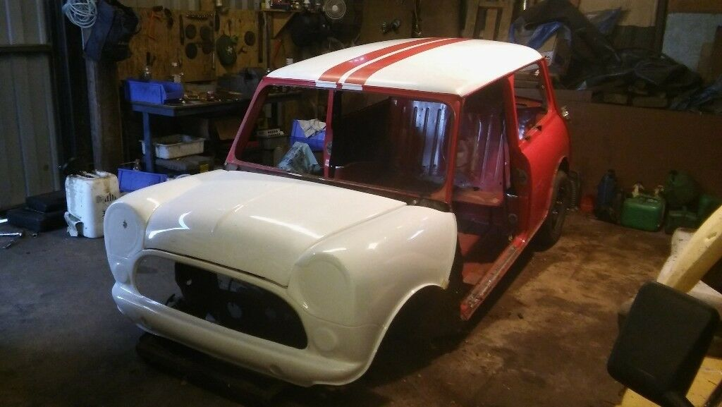 1985 Austin Mini Mayfair shell with spares, incl fibreglass front end