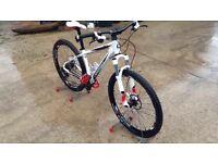 Cannondale Trail SL 1 Mountain Bike(16 inch frame) Not Specialized, Cube, Scott, Merida