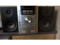 SONY mini hi fi with 100watt speakers