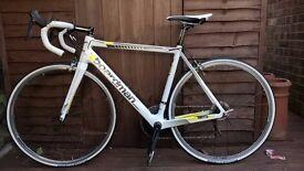 2014 Boardman SLR Men's Carbon Road Bike - 52.5cm frame