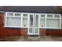 **LET BY** 2BED BUNGALOW WITH CONSERVATORY EXCELLENT CONDITION NO DEPOSIT