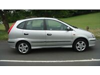 nissan almera tino se 2005 £695 pas a/con e/s/roof c/lock e/w e/m alloys radio/cd very clean car.