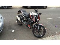 Ktm Duke 125cc - immaculate condition - low milege- £5000 worth of extras