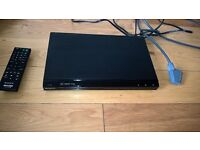 Sony DVD player with remote and Scart cable