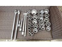 "43 PIECE 3/4 SOCKET SET PLUS 3/4&KNUCKLE BREAKER POWER BAR HEAVY DUTY WITH 3/4 TO 1/2"" ADAPTOR"