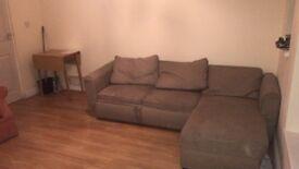 Studio flat to rent on Folkestone Road - Dover