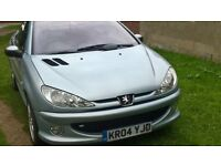 04 Peugeot 206CC Convertible Great little car looks and drives well 10 months MOT £525